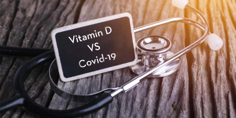 Αν είχαμε όλοι φυσιολογικά επίπεδα βιταμίνης D πιθανώς θα είχαμε μόνο τους μισούς θανάτους από τον κορωνοϊό!